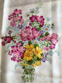 Gucci scarf silk GUCCI Scarves Large Size Flower pattern Blue