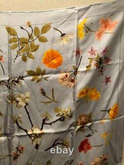 Gucci scarf silk GUCCI Scarves Large Size flower Pattern