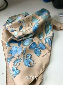 HERMES Silk Scarf 90cm Leaf Pattern with gorgeous Beige, Blue and Green colors
