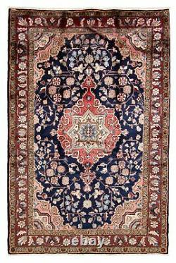 Hand-knotted 2'9 x 8'1 Bordered, Traditional Wool Rug