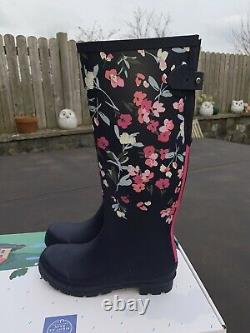 Joules Size 7 Navy With Pink Flowers Tall Wellies Beautiful Pattern New