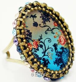 Michal Negrin Silhouette Pattern Cameo Crystal Ring Antique Vintage Style Floral