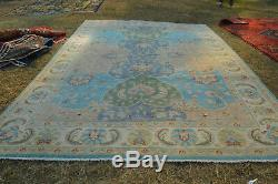 Stunning Fine Quality Oushak Natural Dye Area Size carpet, Natural Dye Washable