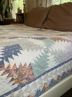 Vintage Patchwork Pink Blue Floral Sawtooth Pattern Country summer Full Quilt